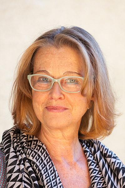 Mag.Dr. Maria Barbara Neubauer Portrait